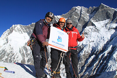 gipfelerfolg-island-peak-nepal-khumbu