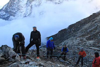 seiluebungen-vor-gipfelstart-zum-islandpeak-nepal