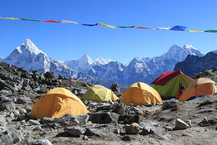 zelte-hochlager-labuche-peak-nepal