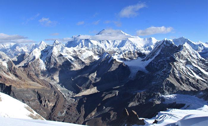 blick-vom-mera-peak-in-den-himalaya