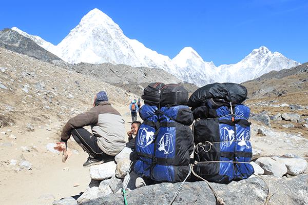 Packhilfe Nepal Reisen