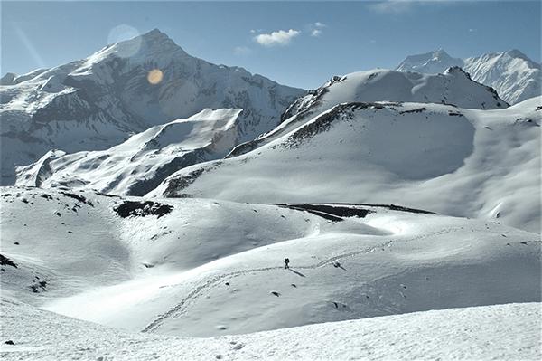 Thorong La bei Schnee