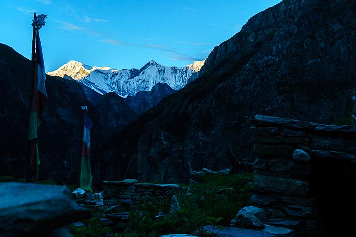 nar phu trekkingtour nepal sonnenaufgang kyang